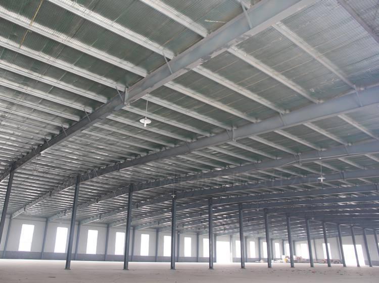 钢结构厂房焊接2.jpg